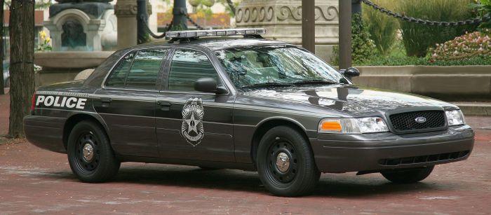 indianapolis_metropolitan_police_cruiser_1